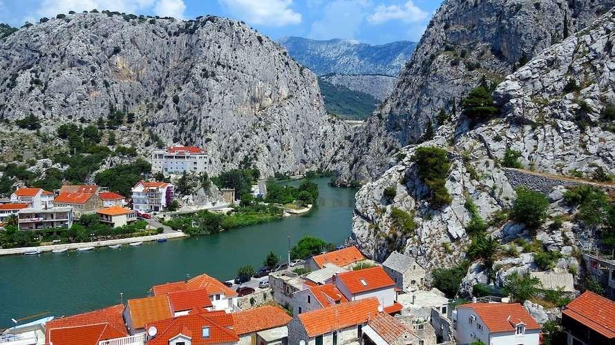 cetina river omis croatia