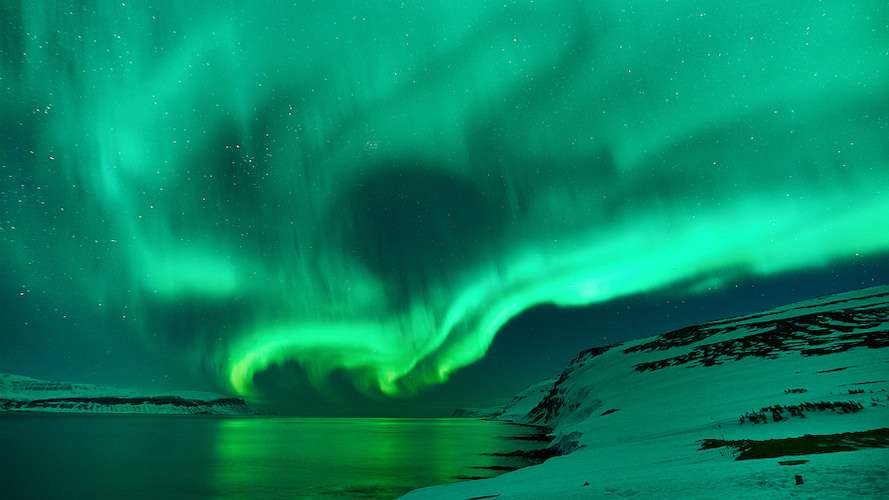 Northern Lights green swirl Iceland