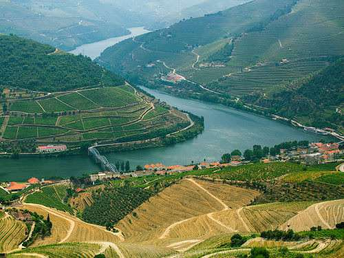 Douro Valley river Portugal itinerary